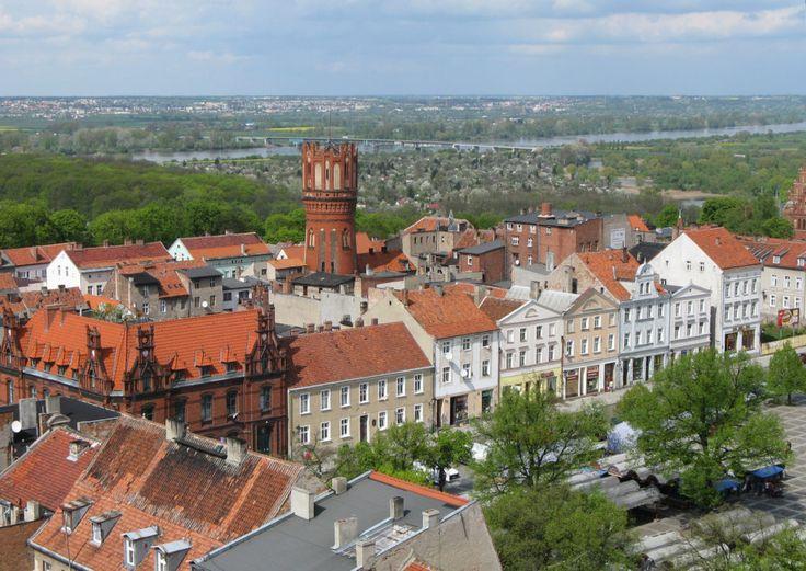 Chełmno – miasto (nie tylko) zakochanych na zdjęciu: Chełmno_Square_Market #poland #chełmo #city #miasto #travel #polska