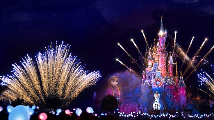 Disney Dreams at Christmas fireworks show - Disneyland Paris (2015)