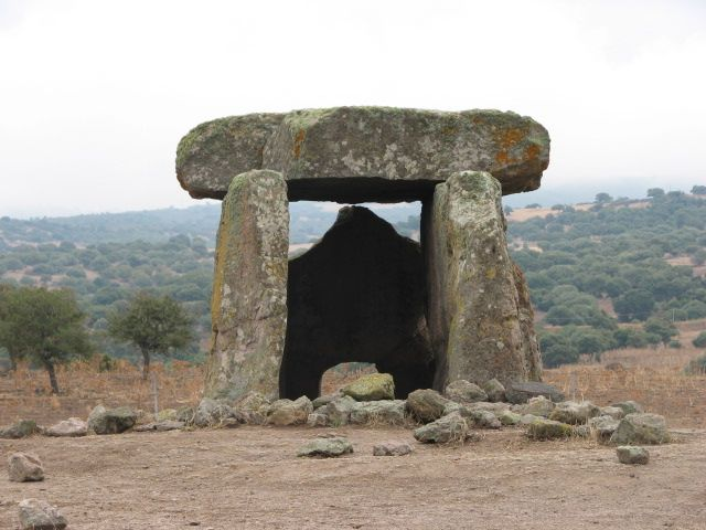 Currently (2006) 78 dolmens are documented in the island of Sardinia, all located in its northern half. Widespread, especially in the Gallura region during the Neolithic dolmen structure is then developed and propagated Eneolithic until the early stages of the Bronze Age, in competition with other types of burial hypogeic (Domus de Janas).