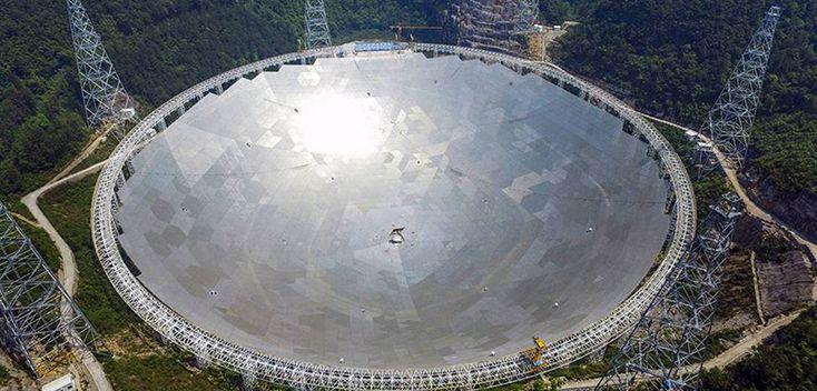 Empieza a funcionar el super radiotelescopio chino - http://www.absolut-china.com/empieza-funcionar-super-radiotelescopio-chino/