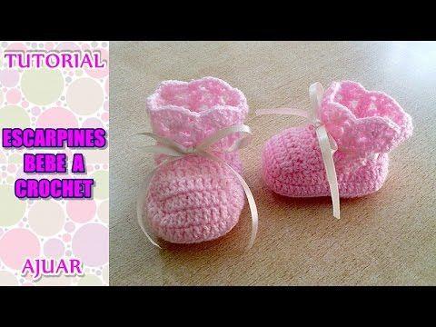 Escarpines realizado a crochet, forma parte del ajuar para bebe de 3 a 6 meses. Link de las prendas del ajuar: SAQUITO: Parte 1: https://youtu.be/Jz05TVXt49I...