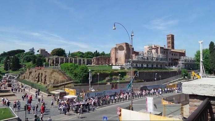 La Città Eterna in tre app | Artribune APPLICAZIONI PER VEDERE ROMA!!!