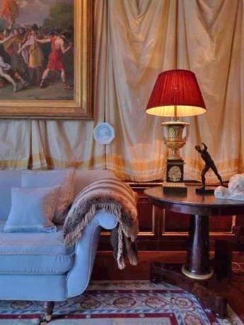Hotel Deal Checker - Park Mansion