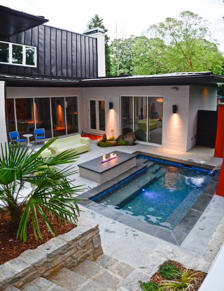 small rectangular pool outdoor fireplace natural stone pavers fountains of perfect pool designs for small yards - Eine Feuerstelle Am Pool