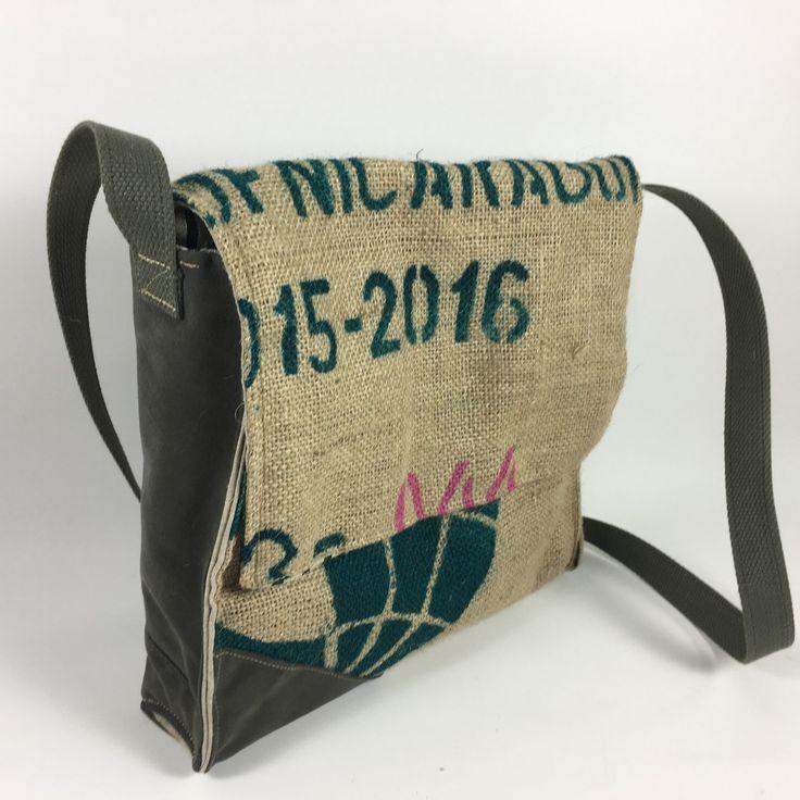 besace unisex,sac bandouliere homme, sac pour homme  en toile recyclé