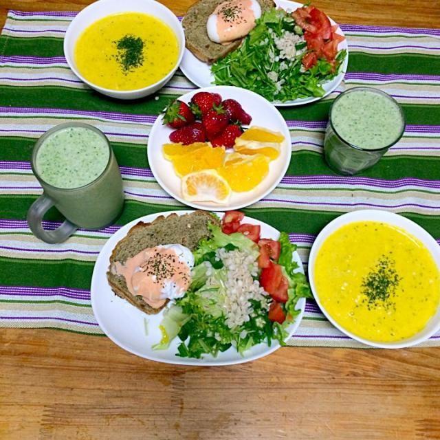 レシピとお料理がひらめくSnapDish - 6件のもぐもぐ - ほうれん草のパン エッグベネディクト パンプキンスープ by saki rita