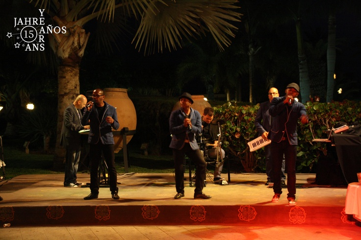 The band for the occasion of the 15th Anniversary of Jardines de Nivaria  #Tenerife#hotel#Costaadeje#hotellujo