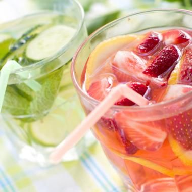 Summer refreshments, summer drink recipes, | Great for Salon and Spa owners to serve to clients! #slaon #beauty #summer