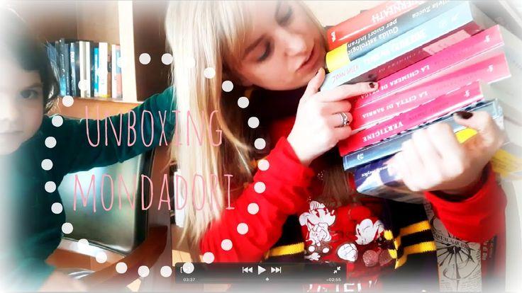 UN MARE DI FANTASY | Unboxing Mondadori |