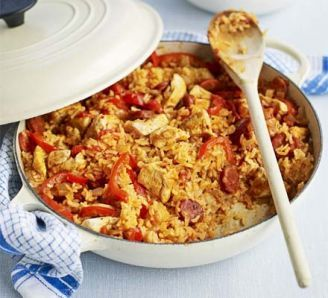 Chicken & chorizo jambalaya (needs more liquid for rice than it suggests and takes longer for rice to cook)