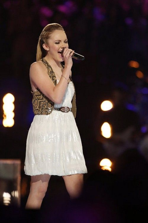 The Voice's Danielle Bradbery Signed To Taylor Swift's Record Label