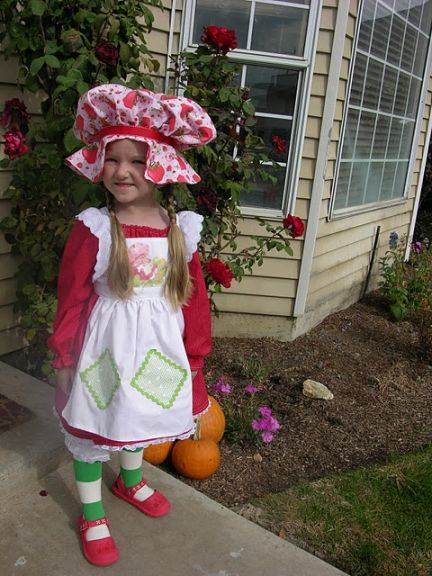 strawberry shortcake halloween costume