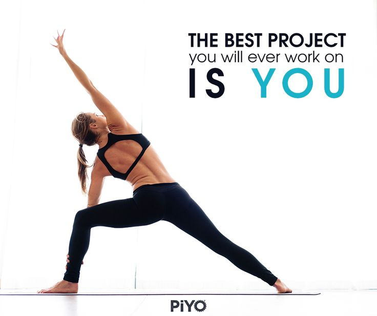 In LOVE with this PiYo Workout by Chalene Johnson - It mixes Pilates and Yoga together for aa killer low-impact at home workout!