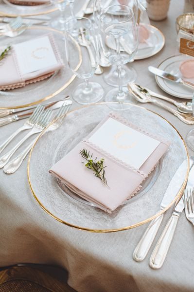 25 Best Ideas About Gold Chargers Wedding On Pinterest