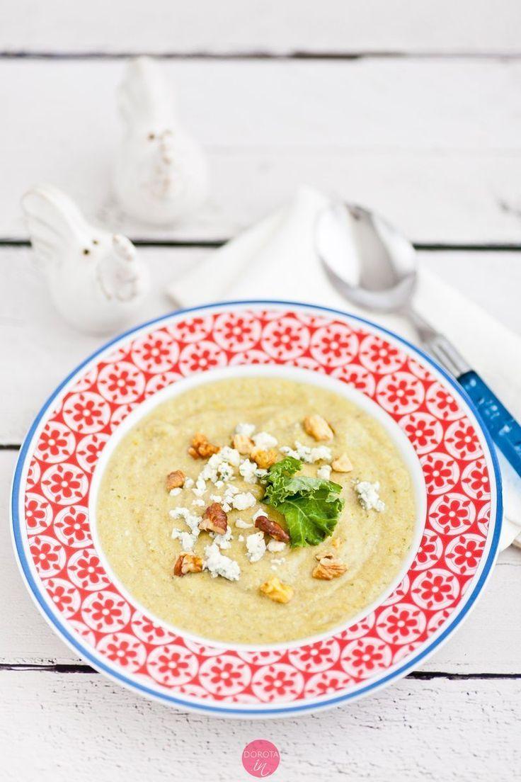 Krem z jarmużu - pyszna i nieskomplikowana do zrobienia zupa na #obiad.  http://dorota.in/krem-z-jarmuzu/  #jarmuż #kale #zupa #soup #recipe #przepis #food #kuchnia #vegan #vege #weganizm #wegetarianizm