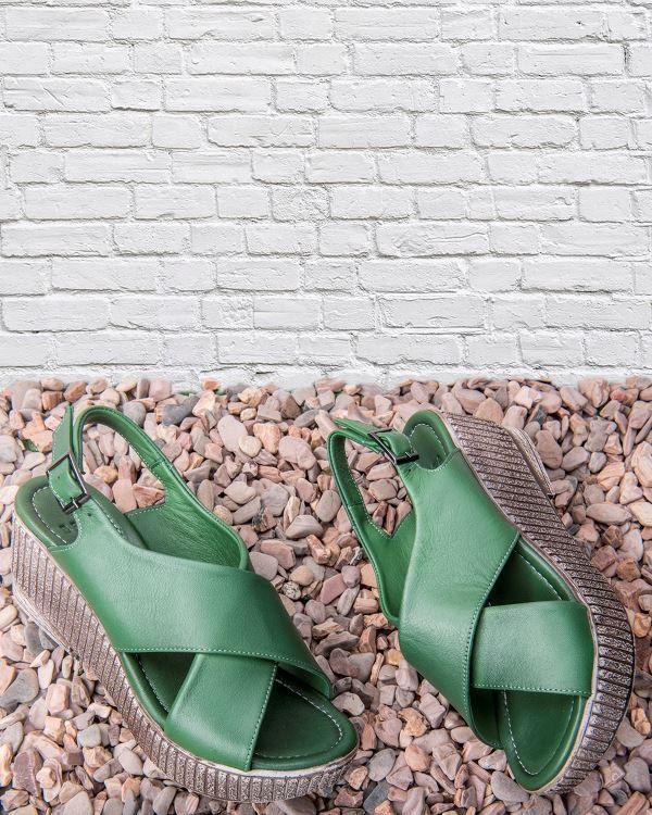 Beta Deri Kadin Sandalet Yesil Beta Kadin Ve Erkek Modelleri Fiyatlari Shoes Sandals Slippers