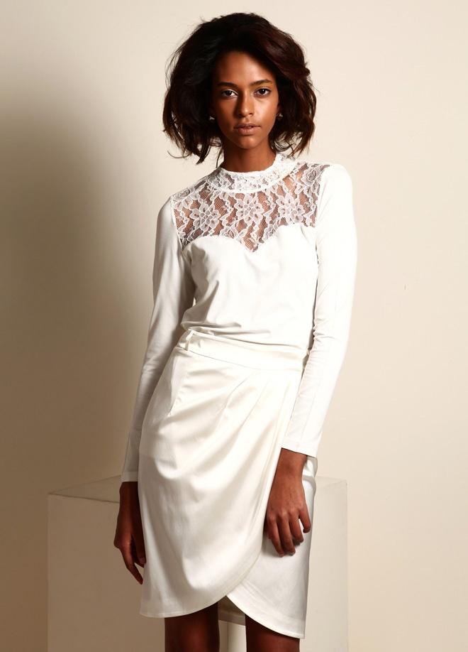On Fashion Üstü dantel bluz Markafoni'de 59,00 TL yerine 29,99 TL! Satın almak için: http://www.markafoni.com/product/3268744/