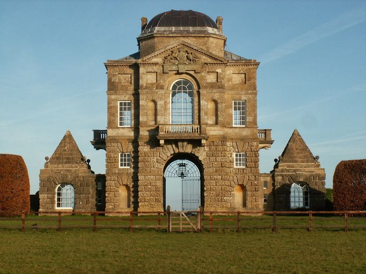 Worcester Lodge designed in 1748 by William Kent as a gatehouse and dining pavilion for Badminton House.