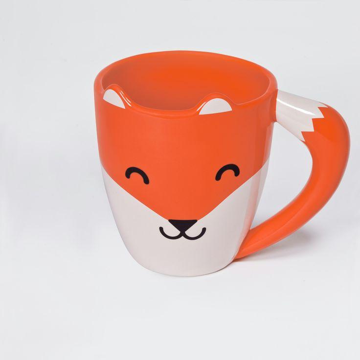 """Zeige dich von deiner schlauen Seite! Die Tasse """"Fox Mug"""" aus hochwertiger Keramik hat niedliche Ohren und einen buschigen Schwanz als Griff. Tasse im Fuchs-Design Hergestellt aus hochwertiger Keramik..."""