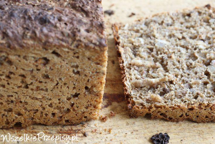 Migdałowy chleb razowy z daktylami #bread http://www.wszelkieprzepisy.pl/chleb-razowy/migdalowy-chleb-razowy-z-daktylami