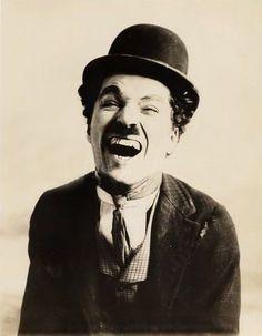 « Le jour où je me suis aimé pour de vrai… » de Charlie Chaplin