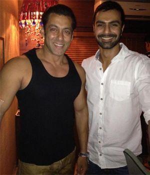 Salman's lost bracelet was found by Ashmit Patel!