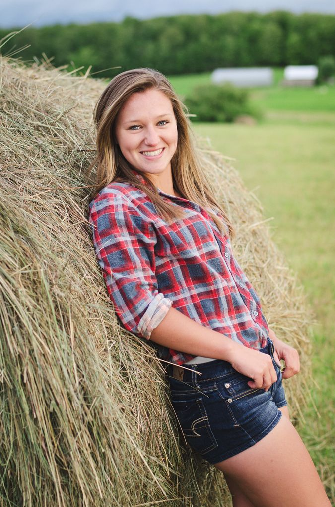 country girl. Rogers City senior photography.