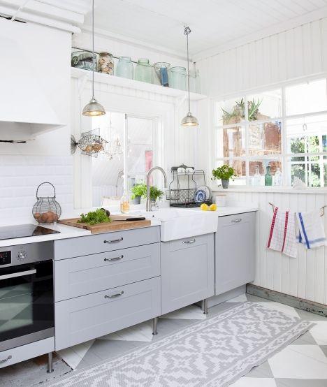 keittiö sisäikkuna astiankuivausteline allas  Home sweet kitchen  Pinterest