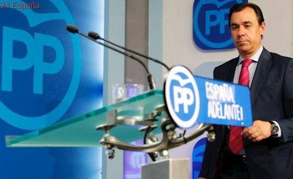 El PP avisa de que Rajoy deberá responder a preguntas de abogados «al dictado del PSOE»
