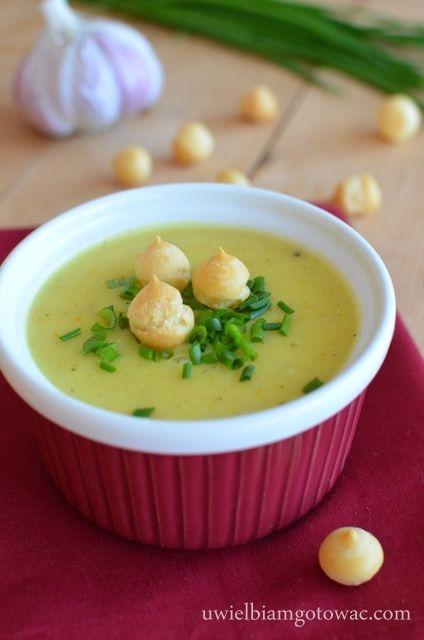 Kremowa zupa czosnkowa