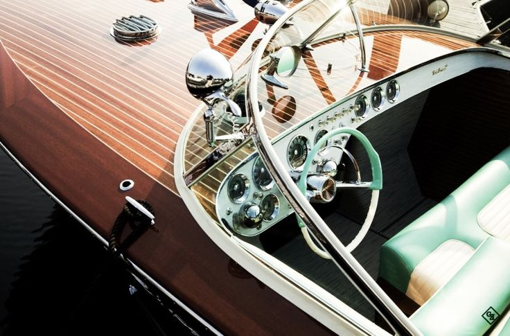die besten 25 klassische holzboote ideen auf pinterest holzboote chris craft und klassisches. Black Bedroom Furniture Sets. Home Design Ideas