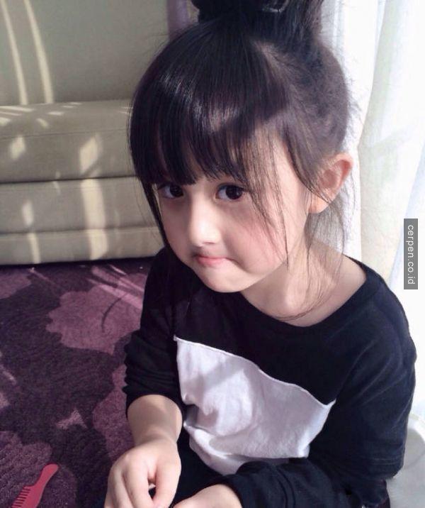 Gadis Kecil Tercantik di Seluruh Dunia Ini Mengejutkan Seluruh Penjuru Negeri!!