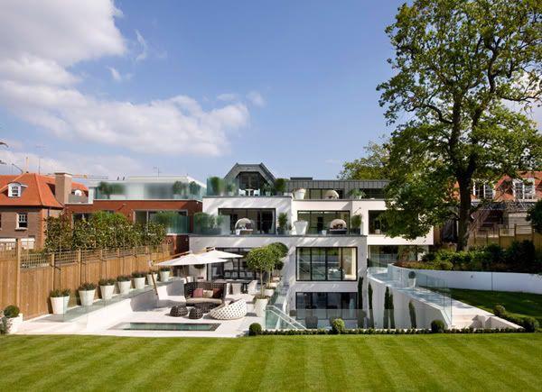 Luxury Home In London's