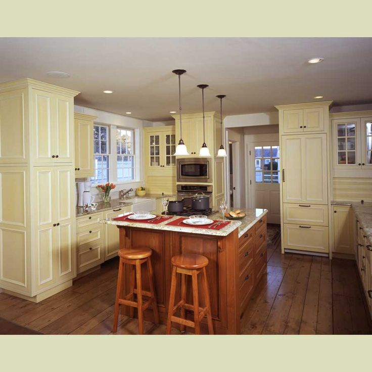 Kitchen Design Yellow Walls: 17 Best Ideas About Pale Yellow Kitchens On Pinterest