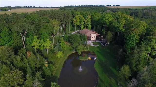 Quiet home home with a private pond!