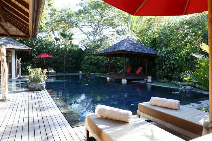 Balinese pool style