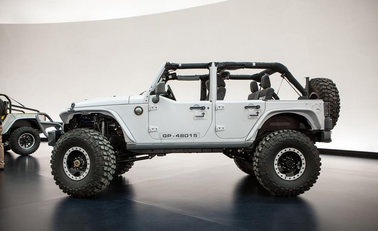 Jeep JK Unlimited Recon - I Wished Jeep Would Sell This Recon. I Would Love To Buy The Accessories With The Full Warranty Coverage.
