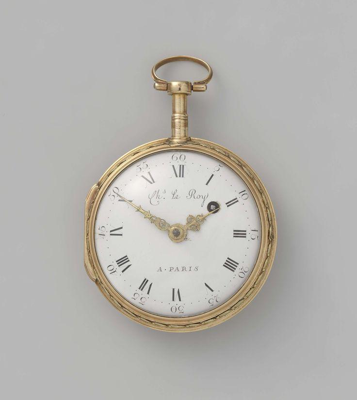 Charles Le Roy   Horloge met dames die een duif offeren op het liefdesaltaar, Charles Le Roy, Anonymous, c. 1740 - c. 1750   Gouden horloge, repetitiehorloge, met geëmailleerd tafereel, voorstellende twee meisjes voor een altaar. Omringd door een krans van bloemen met robijnen en parels.