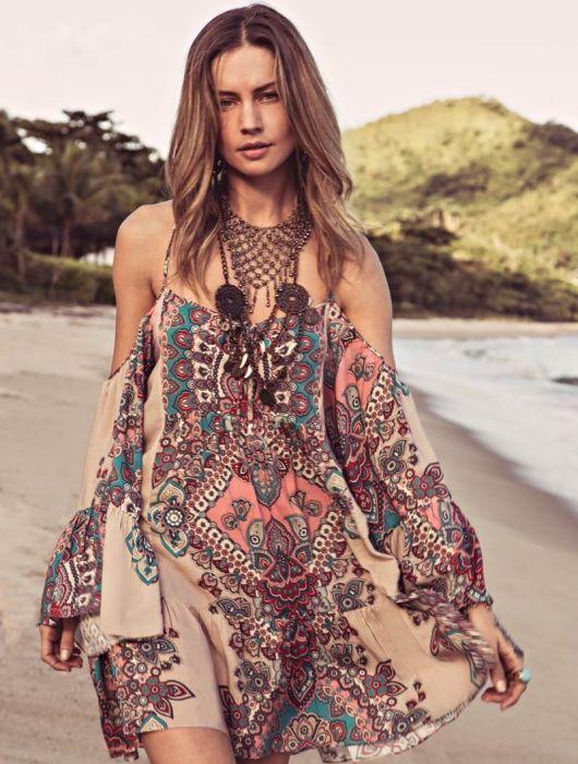 Encanta con la moda de los hombros descubiertos - Page 10 of 11 - Mujer Daily