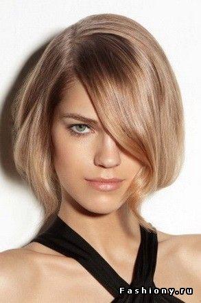 В моде косые чёлки / косая челка с длинными волосами