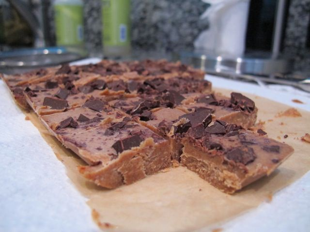 Almond Chocolate Freezer Fudge on http://foodbabe.com