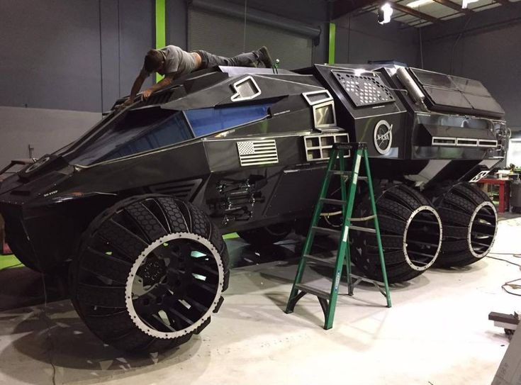 From the looks of it, not Elon Musk, but rather Bruce Wayne may just be the first person to conquer the red planet. This prototype of