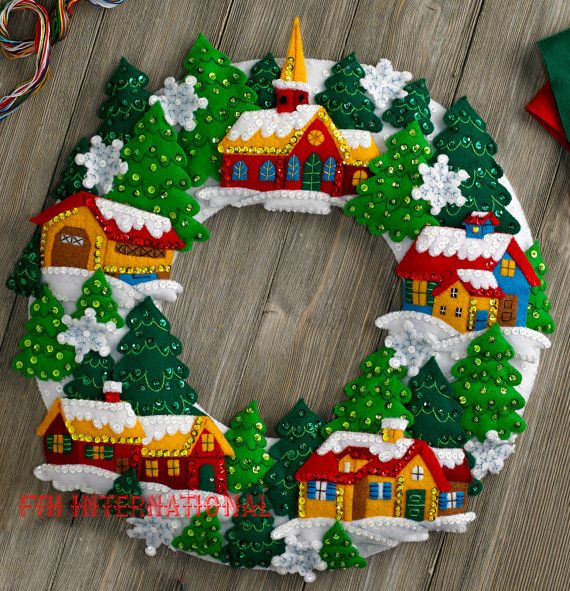 Bucilla Snow Village Wreath Felt Christmas Home Decor Kit