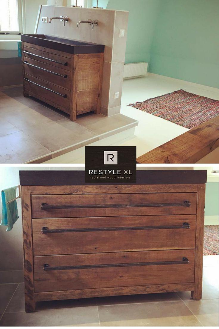 RestyleXL houten badkamermeubel #restylexl #badkamermeubel #badmeubel #badkamer #oudhout #hout #houten #eiken