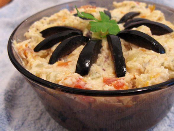 Gustozy: Salata de boeuf cu pui