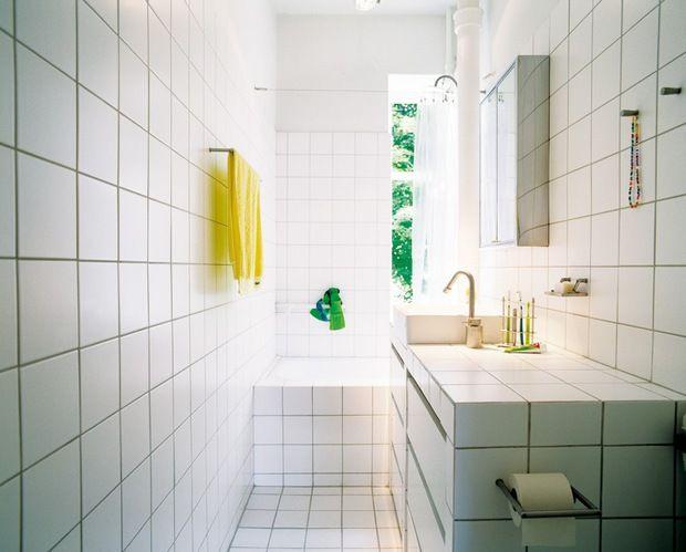 Badeværelse / Hvide fliser all over