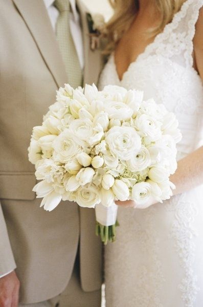 Details Details, white bridal bouquet with ranunculus, hydrangea and tulips