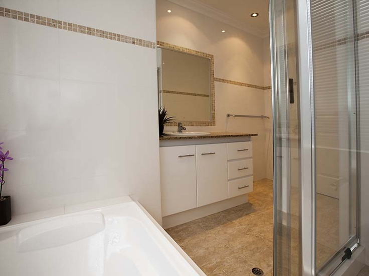26 best 136a stock road attadale images on pinterest for Best bathrooms on the road