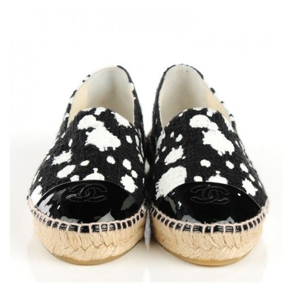 CHANEL Canvas Paint Splatter Espadrilles 38 Black White ❤ liked on Polyvore featuring shoes, sandals, stitch shoes, chanel espadrilles, chanel, white and black sandals and canvas sandals