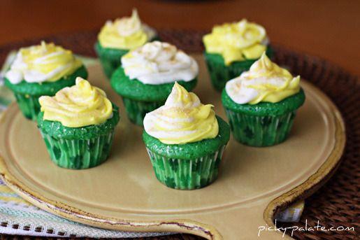 Green Velvet Baby Cakes